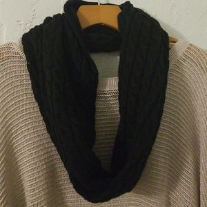 Black nautica thick infinity scarf one size